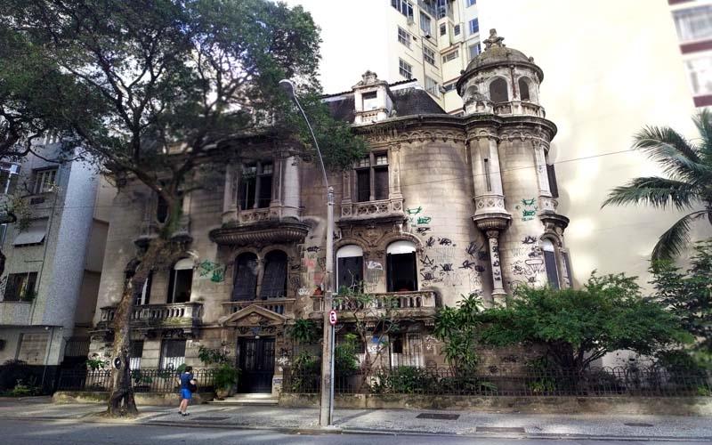 Castelinho francês da Av. Oswaldo Cruz: pérola arquitetônica de 1913