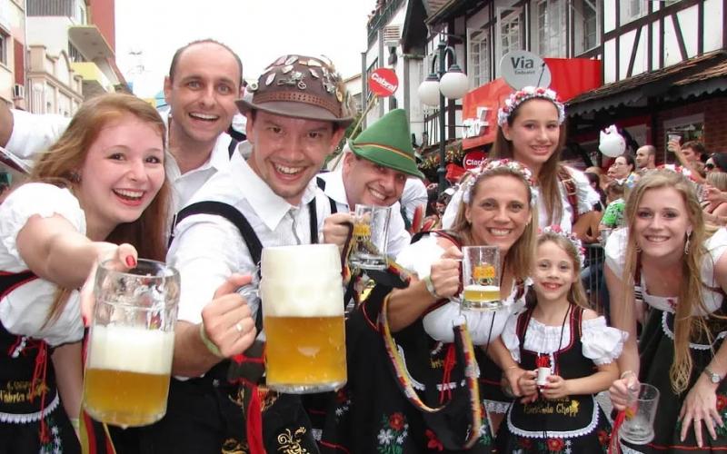 Covid-19: Blumenau cancela Oktoberfest 2020 e festa de réveillon